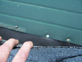 ROOFER DAMAGE: GH